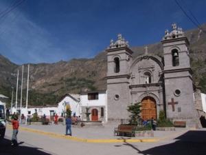 cotahuasi_plaza